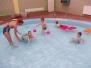 Zabawy ruchowe w wodzie i w ogrodzie 09.10.14r.